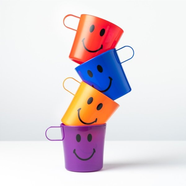 Smiley Handled Party Cups 4pk